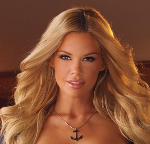 Chatting With Miss July Jessa Hinton