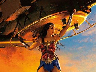 wonder-woman-tank-poster-f